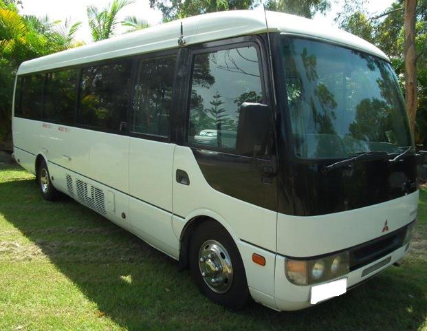 24-seat-bus1